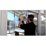 polimento de vidro de janela