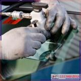 polimento em vidro automotivo
